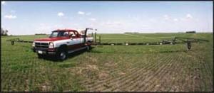 NYB Field Sprayer: Power Fold Pickup Mount in field